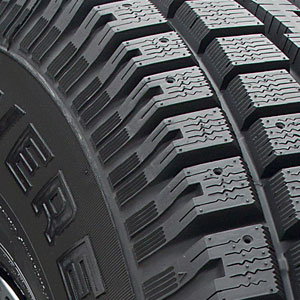 Cheapest Place To Buy Tires >> 4 NEW 265/70-15 COOPER DISCOVERER M+S STUDDED Winter/Snow ...