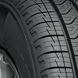 4 new 235 55 17 pirelli cinturato strada 55r r17 tires. Black Bedroom Furniture Sets. Home Design Ideas